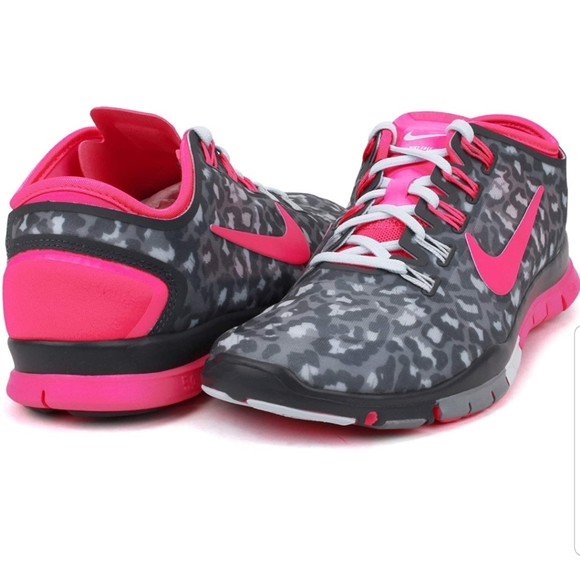 Nike Shoes | Nike Free Tr Connect 2